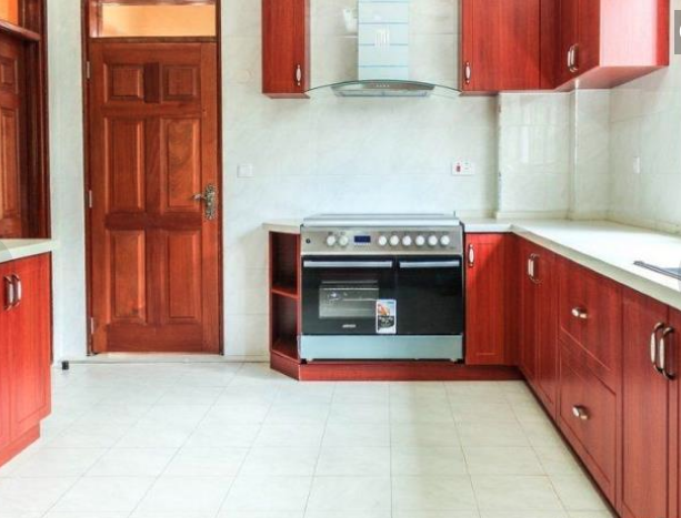 Lovely 3 Bedroom Apartment at Lavington giroy properties13
