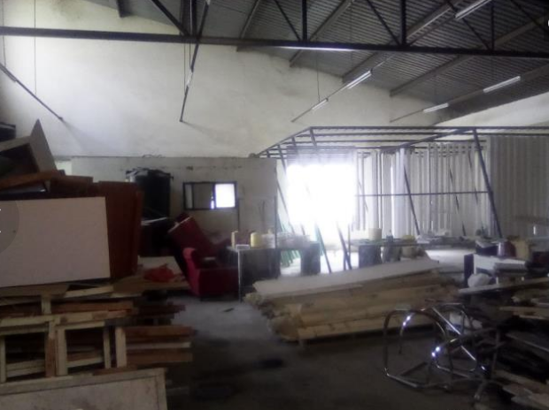 Warehouse and office space to let giroy properties6
