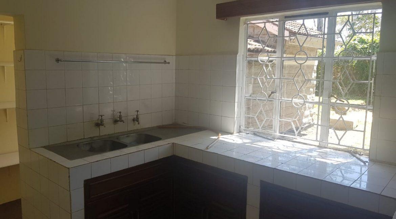 6 Bedroom Commercial : Office in Karen, Marula Lane for Rent 300k16