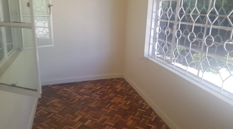 6 Bedroom Commercial : Office in Karen, Marula Lane for Rent 300k9