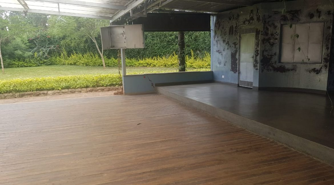 Commercial Property To Let Ideal for Restaurant or School in Prime Location in Karen12