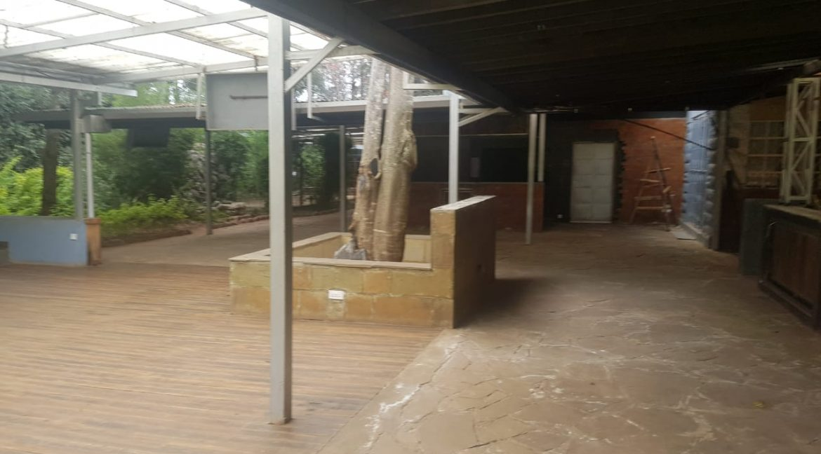 Commercial Property To Let Ideal for Restaurant or School in Prime Location in Karen19