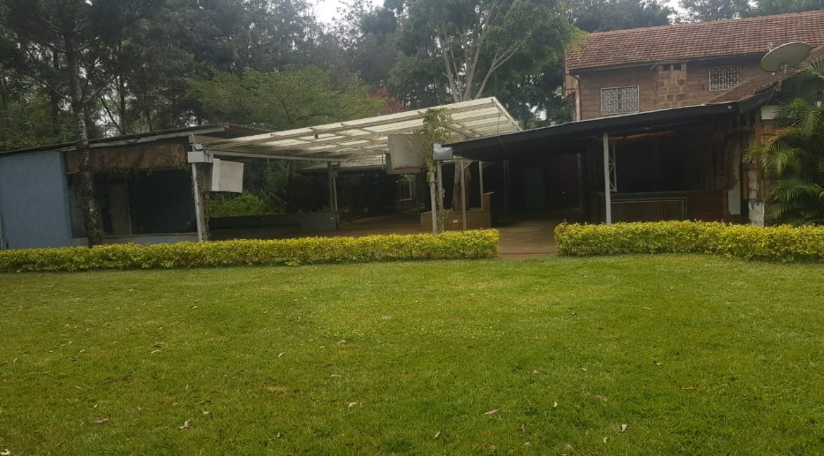 Commercial Property To Let Ideal for Restaurant or School in Prime Location in Karen27