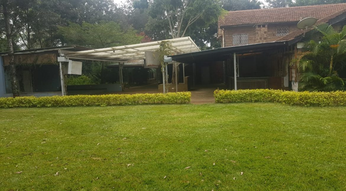 Commercial Property To Let Ideal for Restaurant or School in Prime Location in Karen28