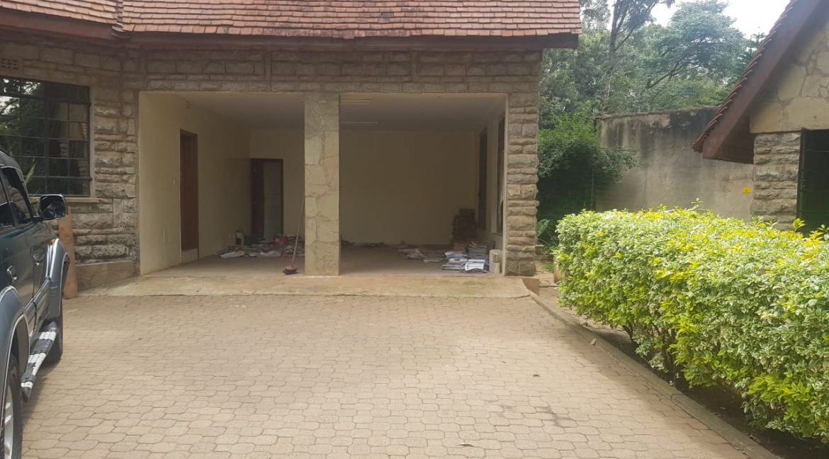 Karen Property To Let Ideal for Both Residential and Commercial like School8