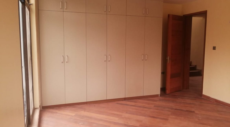 Kileleshwa 5 Bedroom all En-suite Townhouses 16