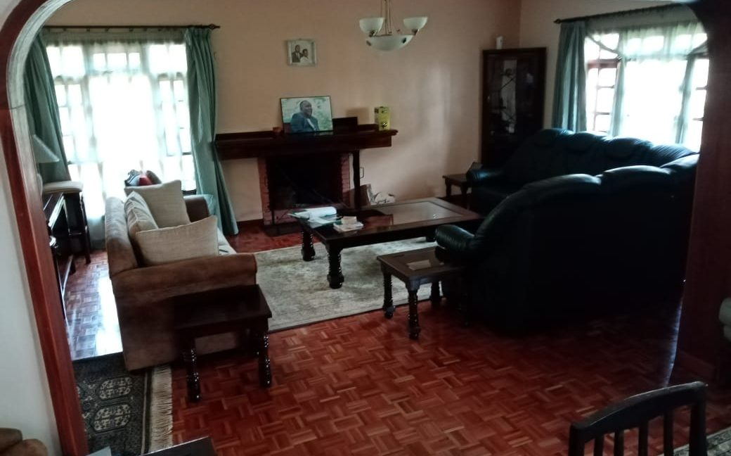 4 Bedroom All Ensuite with Visitor Cloak Room Plus Dsq, Well Done Garden in 1:8 Are for Sale in Lavington, Nairobi at Ksh60M10