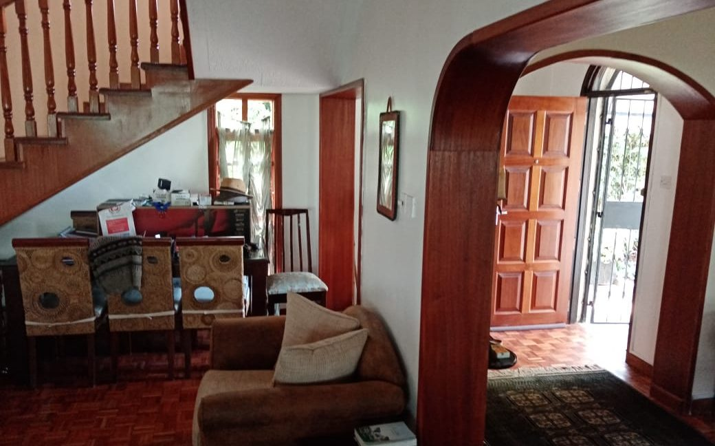 4 Bedroom All Ensuite with Visitor Cloak Room Plus Dsq, Well Done Garden in 1:8 Are for Sale in Lavington, Nairobi at Ksh60M11