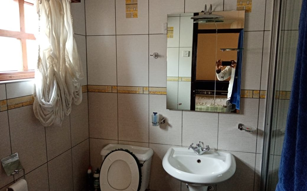 4 Bedroom All Ensuite with Visitor Cloak Room Plus Dsq, Well Done Garden in 1:8 Are for Sale in Lavington, Nairobi at Ksh60M25