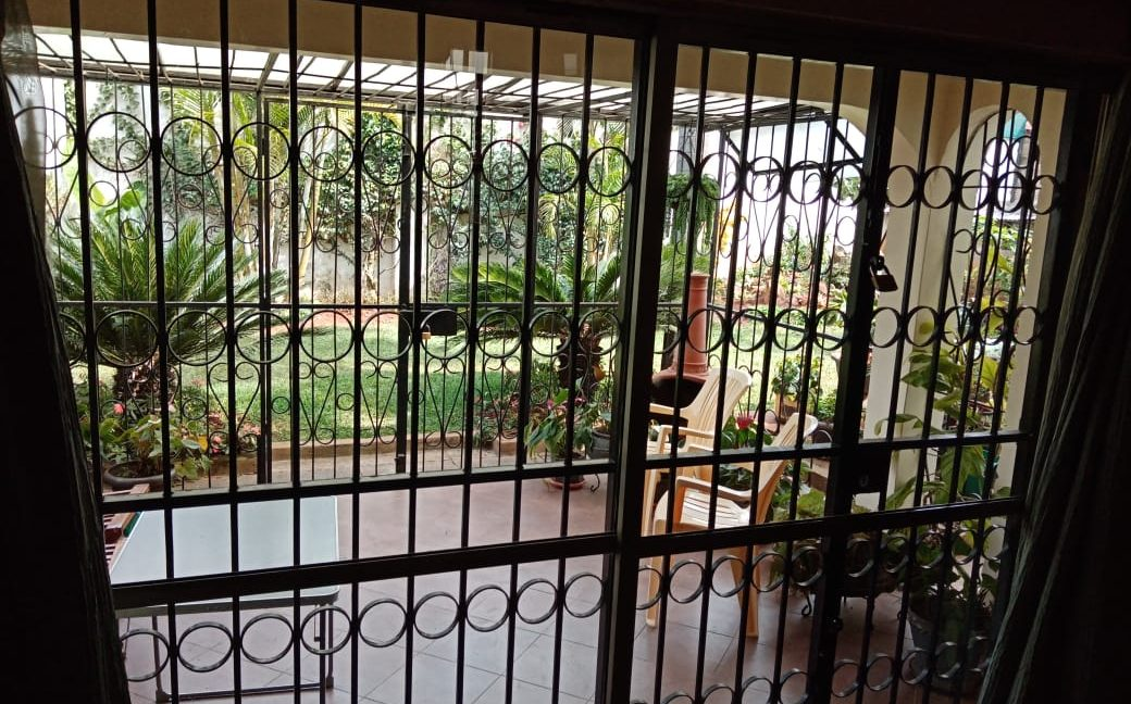 4 Bedroom All Ensuite with Visitor Cloak Room Plus Dsq, Well Done Garden in 1:8 Are for Sale in Lavington, Nairobi at Ksh60M9