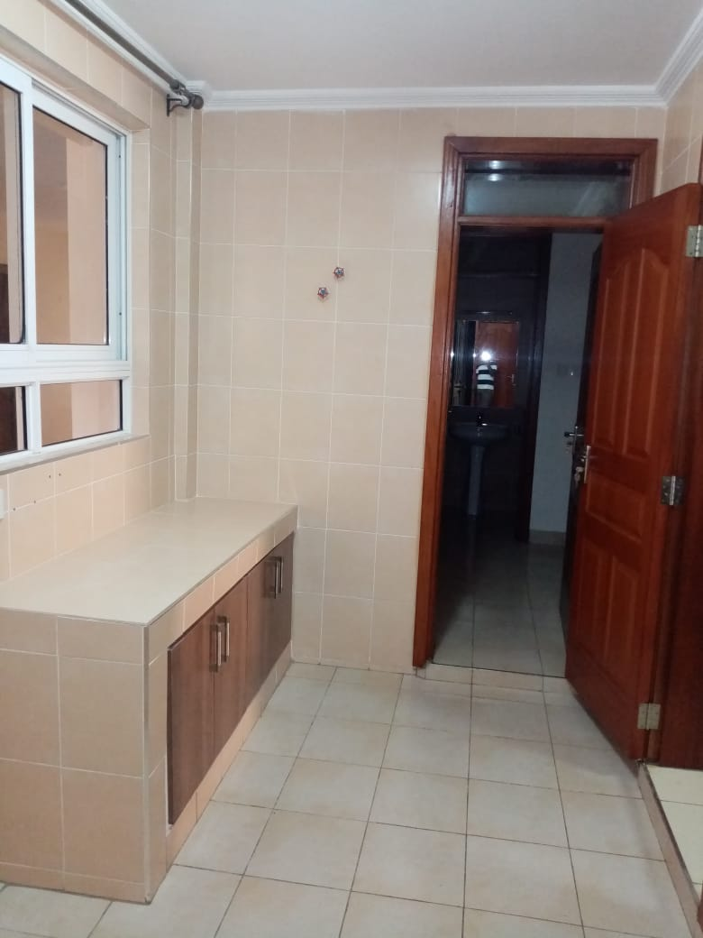 3 Bedroom Spacious All Ensuite Apartment for Rent at Ksh120k with dsq, Full Backup Generator, Borehole and Swimming Pool, on Riverside Drive