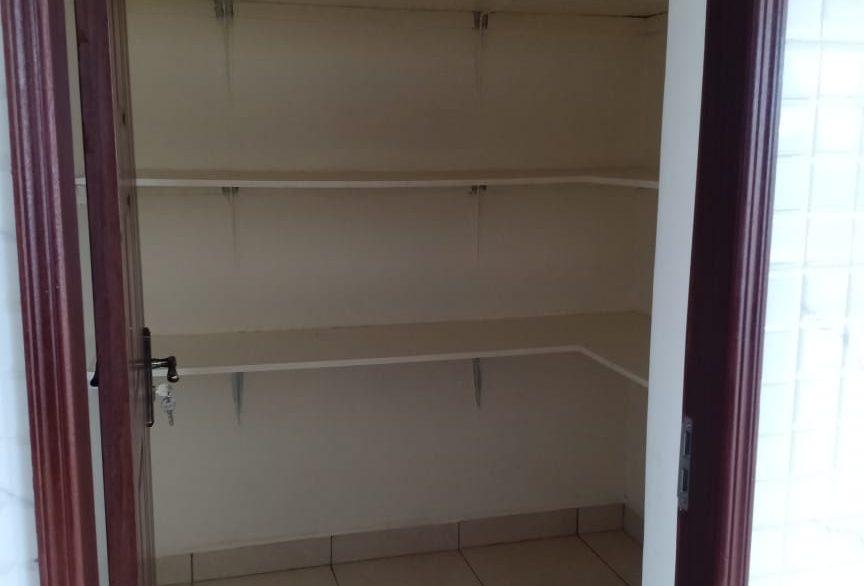 4 Bedroom Apartment for Rent at Ksh200k on Oldonyo Sabuk Avenue26