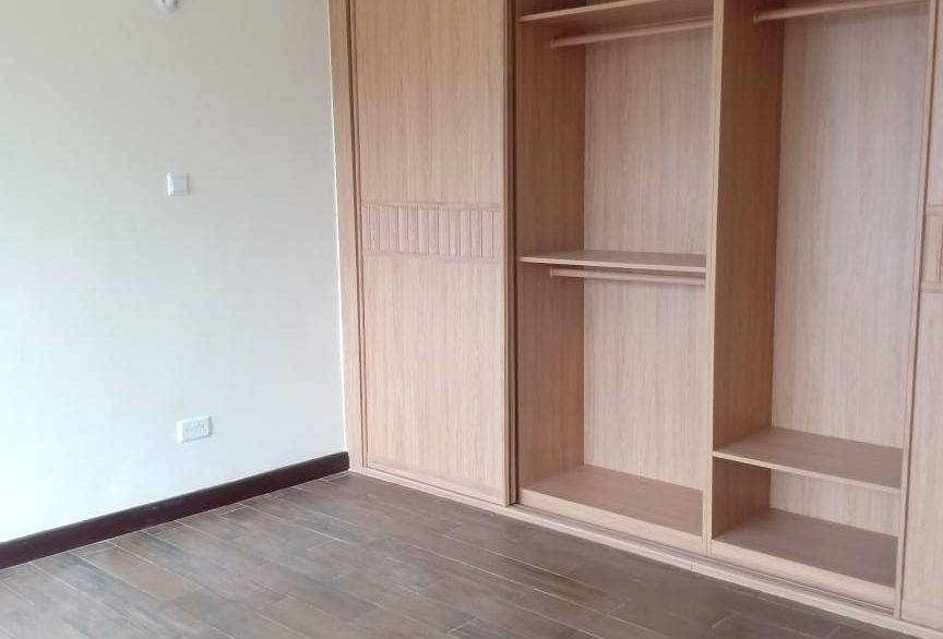 4 Bedroom Apartment for Rent at Ksh200k on Oldonyo Sabuk Avenue27