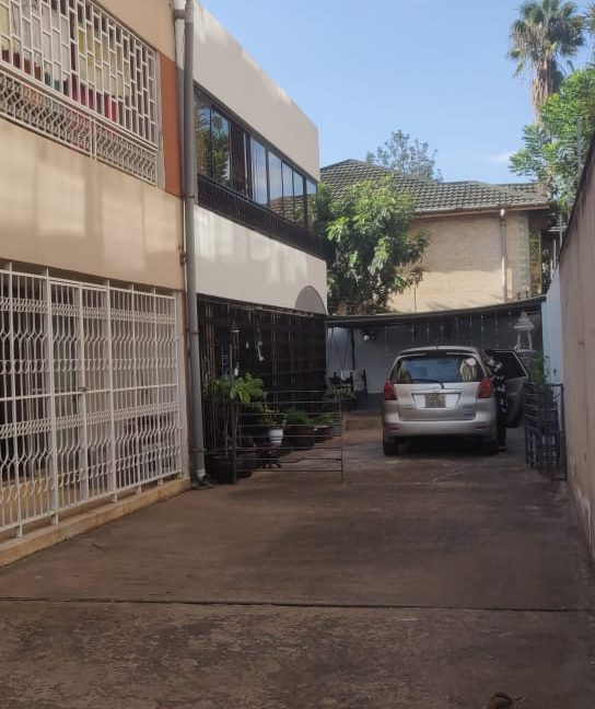 4 Bedroom with DSQ - One master bedroom ensuite and 2 common bathrooms - For Sale at Ksh40M along General Mathenge Drive29