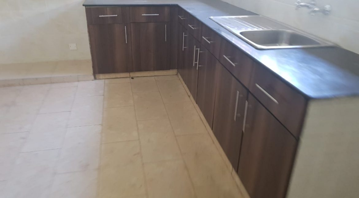 8 Roomed Property for Rent in Lavington Suitable for Office Use on 1 Acre at Ksh320k26