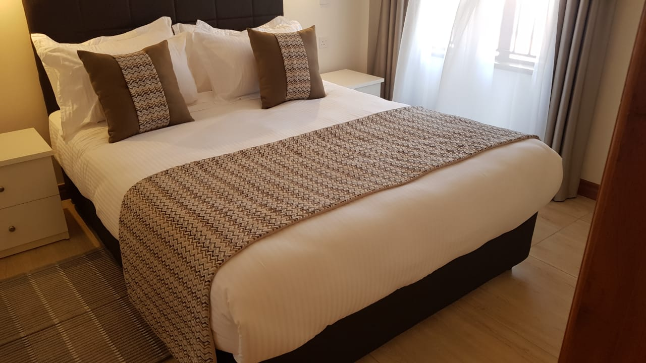 New Property: 2 Bedroom Fully Furnished and Serviced Apartment on Riverside at 160k