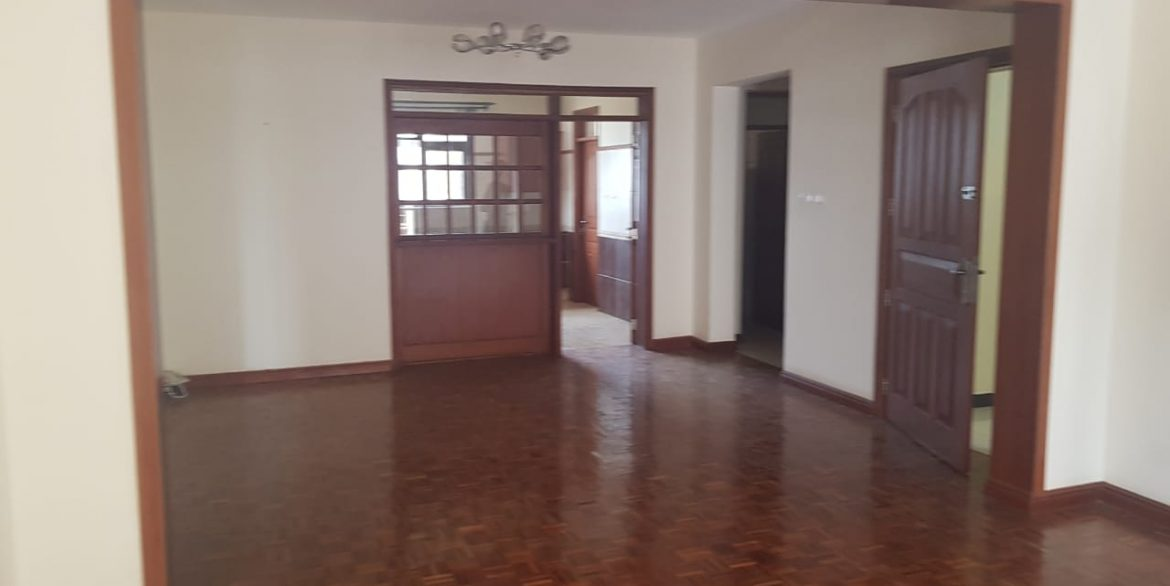 Two Bedrooms Plus Dsq with borehole water and lift in Killimani at Ksh85k11
