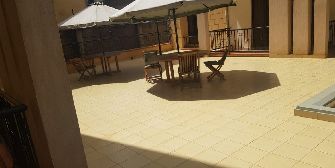 Two Bedrooms Plus Dsq with borehole water and lift in Killimani at Ksh85k23