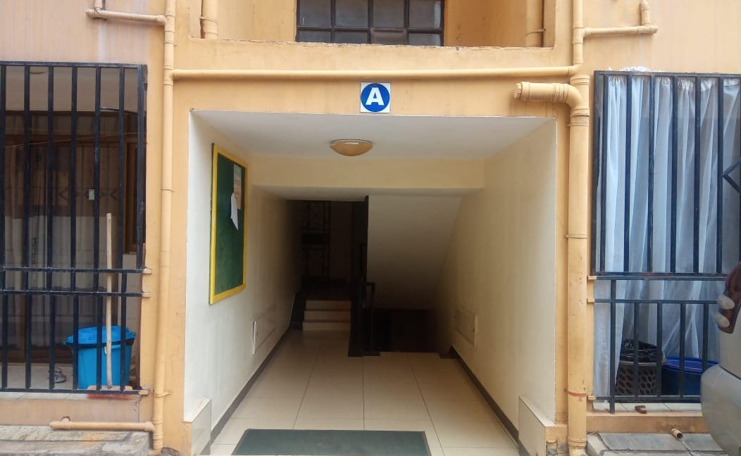 3 Bedroom Apartment for Rent at Ksh70k Located on Riara Road, few minutes to Junction Mall3