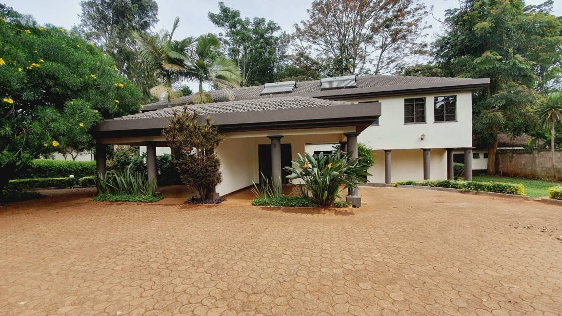 4 Bedrooms All En-suite House for Rent in a compound of 2 units Located Off Peponi Road 1