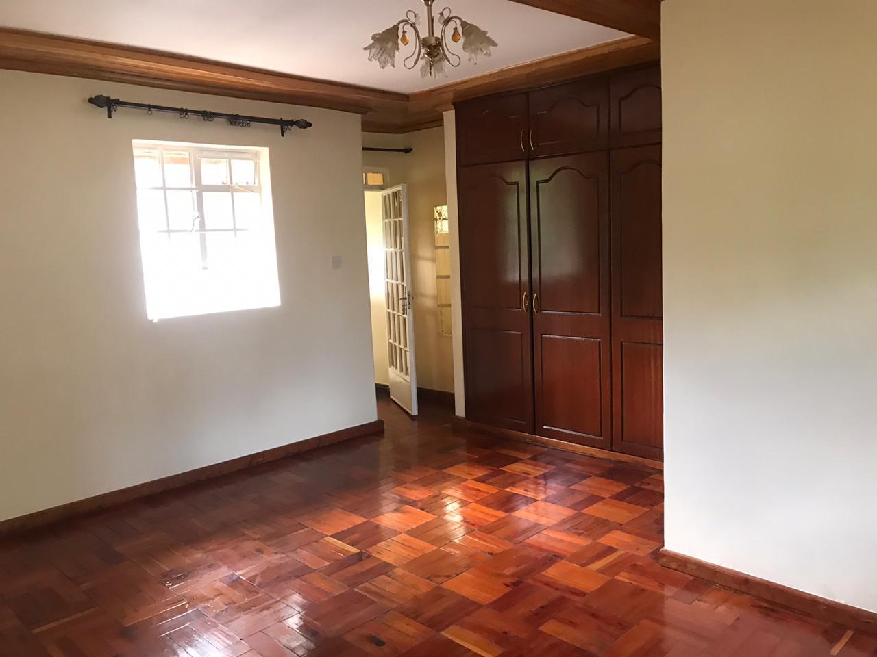 5 Bedroom all en suite, Garden, Family Room Spacious asking Ksh200k located in Lavington