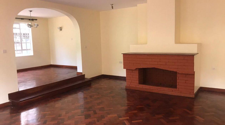 5 Bedroom all en-suite, Garden, Family Room Spacious asking Ksh200k4