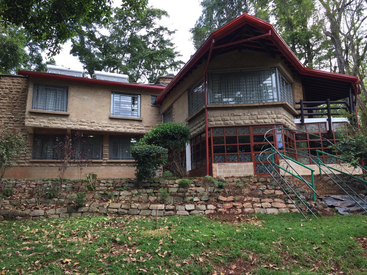 5 Bedrooms House All en-suite on Half an Acre for rent at Ksh400k