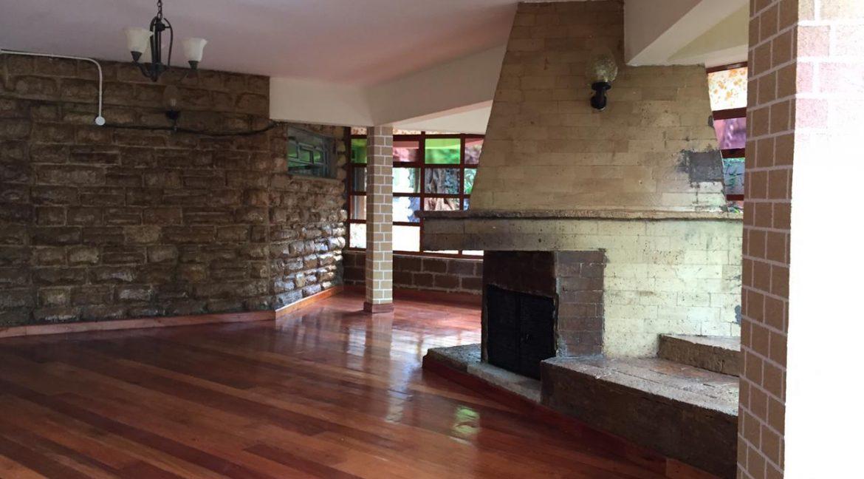 5 Bedrooms House All en-suite on Half an Acre for rent at Ksh400k2