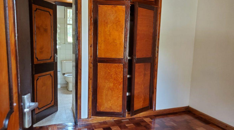 4 Bedroom Bungalow for Rent at Ksh300k in Lavington built on 1 Acre13
