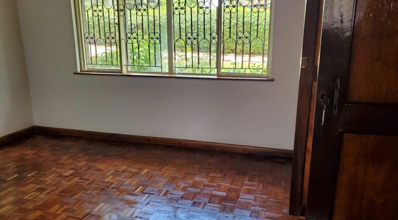 4 Bedroom Bungalow for Rent at Ksh300k in Lavington built on 1 Acre17