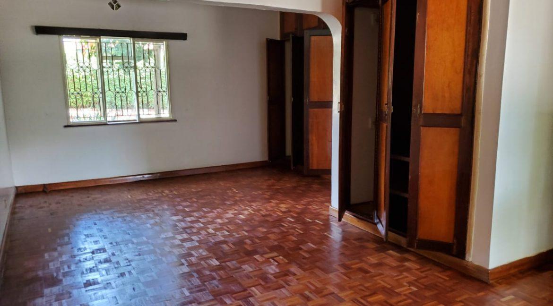 4 Bedroom Bungalow for Rent at Ksh300k in Lavington built on 1 Acre19