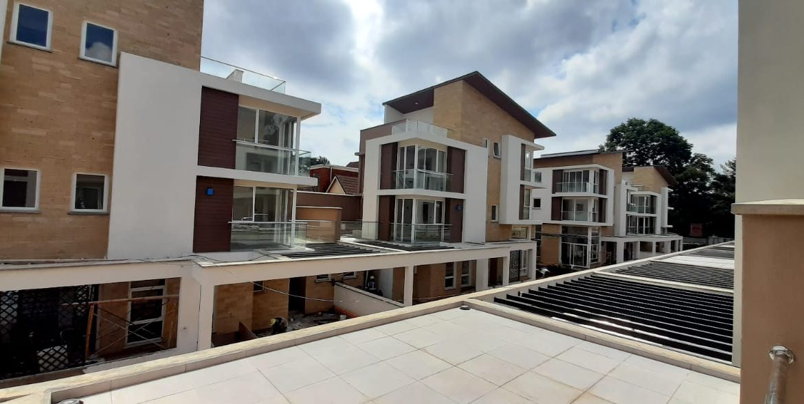 4 Bedroom Town House To Let Lavington, Nairobi at Ksh350,000 per month including service charge1
