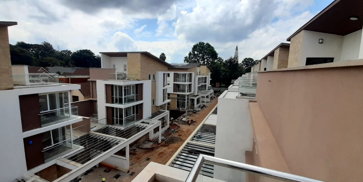 4 Bedroom Town House To Let Lavington, Nairobi at Ksh350,000 per month including service charge2