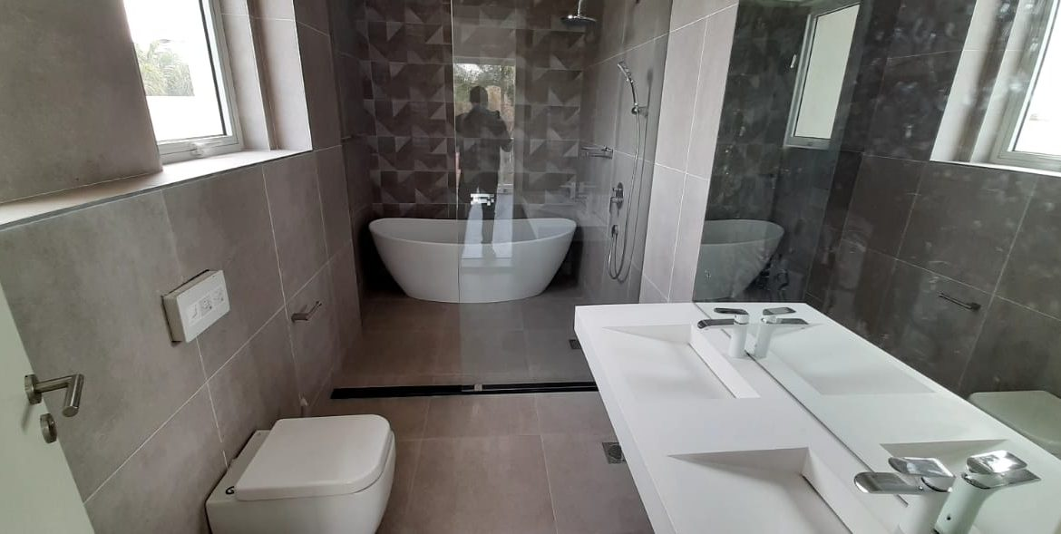 4 Bedroom Town House To Let Lavington, Nairobi at Ksh350,000 per month including service charge20