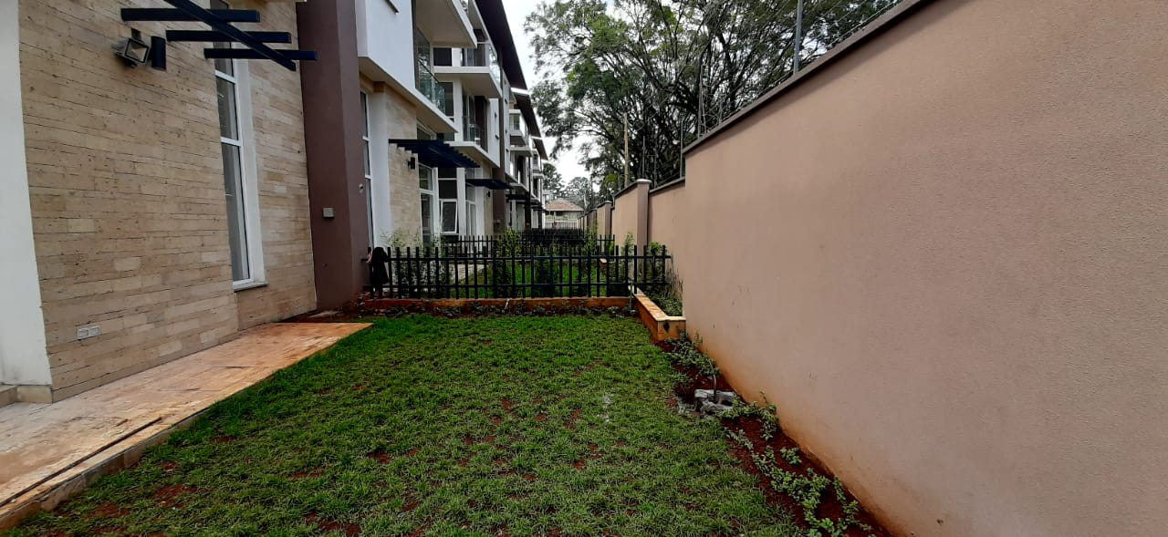 4 Bedroom Town House To Let Lavington, Nairobi at Ksh350,000 per month including service charge