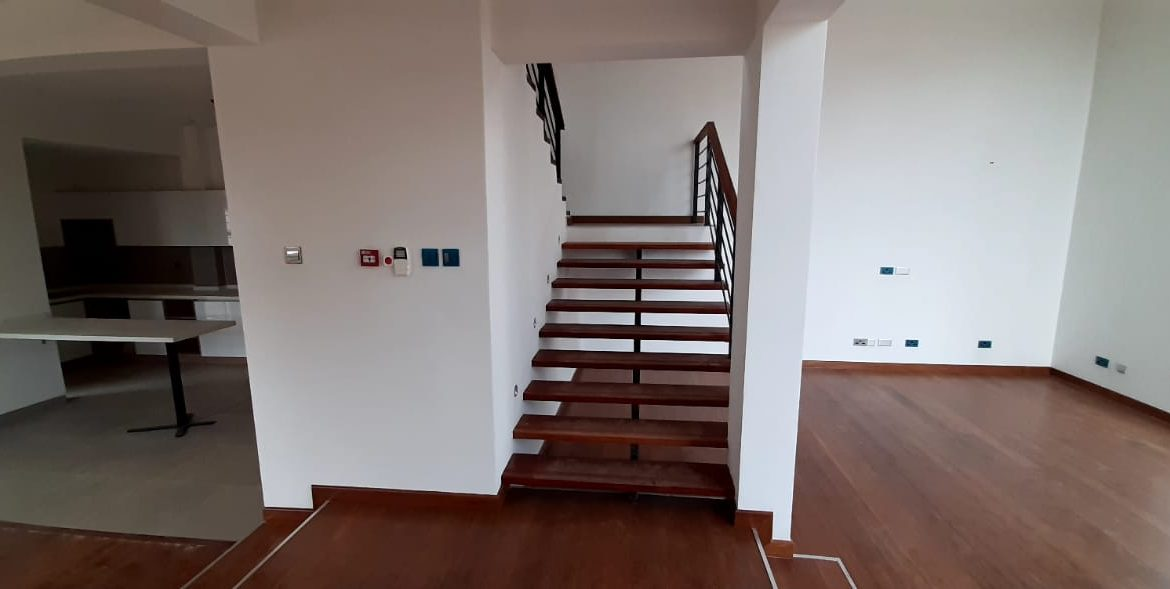 4 Bedroom Town House To Let Lavington, Nairobi at Ksh350,000 per month including service charge7