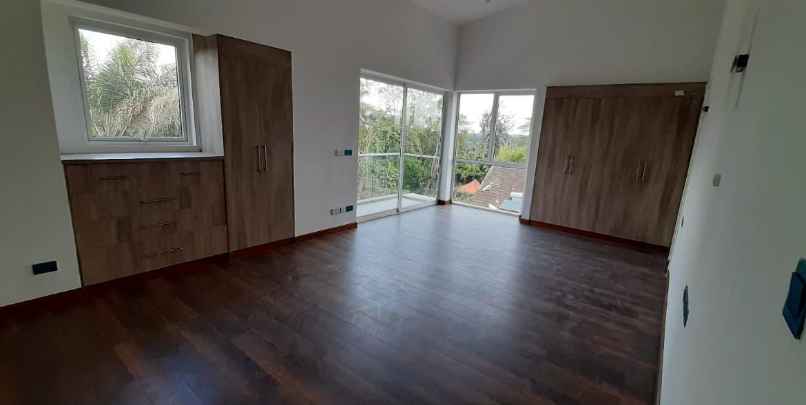 4 Bedroom Town House To Let Lavington, Nairobi at Ksh350,000 per month including service charge8