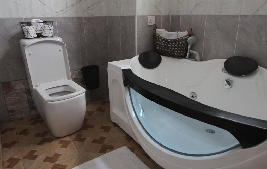 Fully Furnished 2 Bedroom Apartment for Rent Located Off Gitanga Road, asking Ksh150k per Month4