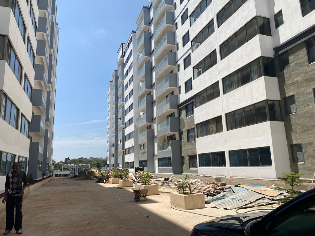 Homely 4 bedroom Apartment with DSQ for sale in Lavington, along Hatheru Road for Sale at Ksh19M