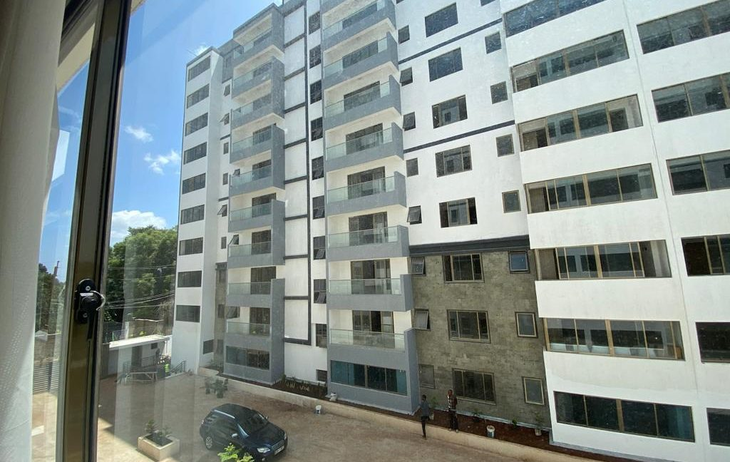 Homely 4 bedroom Apartment with DSQ for sale in Lavington, along Hatheru Road for Sale at Ksh19M10