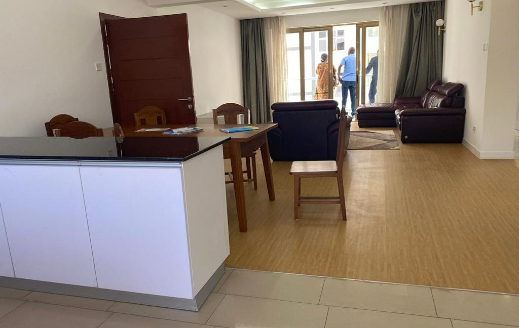 Homely 4 bedroom Apartment with DSQ for sale in Lavington, along Hatheru Road for Sale at Ksh19M5