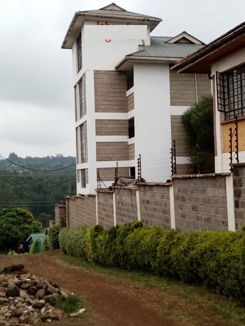 Property for sale in Ruaka 2 Bedroomed units and a 5 bedroomed maisonette, asking Ksh35M