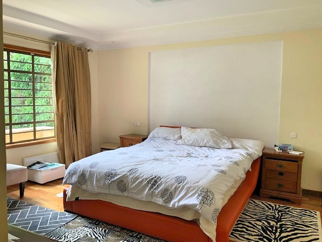3 Bedroom Townhouse in Gated Community for Rent at Ksh300k on Peponi Rd with Large living, Dinning, Open large Kitchen. Spacious Bedrooms and Private garden8