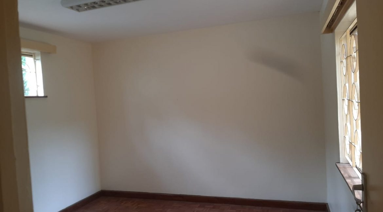 6 Bedrooms Office Space for Rent in Riverside at Ksh500k:Month15