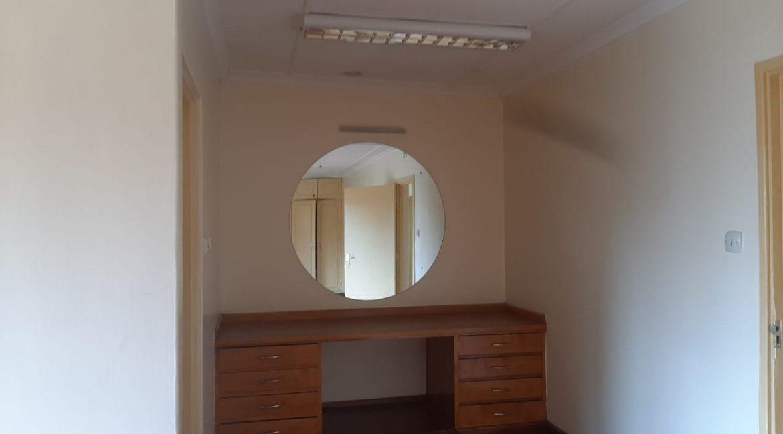 6 Bedrooms Office Space for Rent in Riverside at Ksh500k:Month23