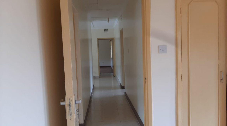 6 Bedrooms Office Space for Rent in Riverside at Ksh500k:Month28
