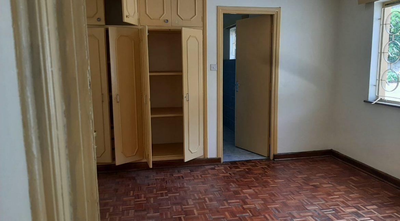 6 Bedrooms Office Space for Rent in Riverside at Ksh500k:Month8