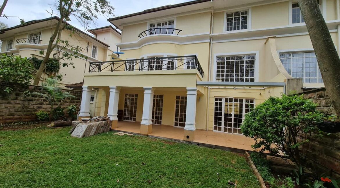 5 Bedroom All Ensuite Townhouse Plus Dsq For Rent at Ksh330k with excellent amenities 1