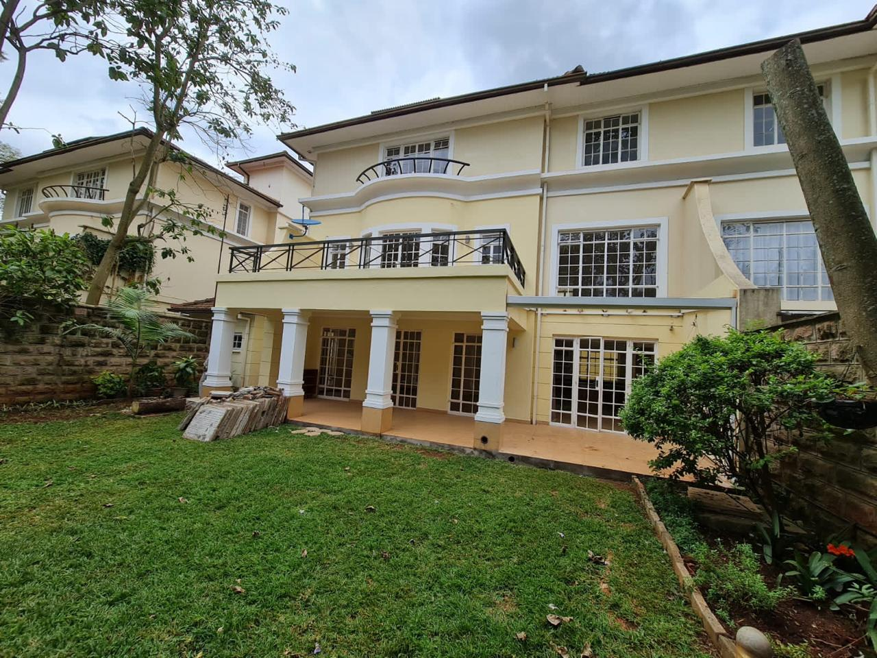 5 Bedroom All Ensuite Townhouse Plus Dsq For Rent at Ksh330k with excellent amenities located on Lower Kabete Road