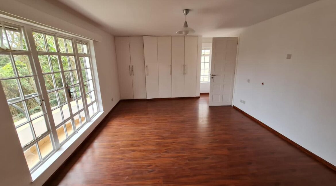 5 Bedroom All Ensuite Townhouse Plus Dsq For Rent at Ksh330k with excellent amenities 16